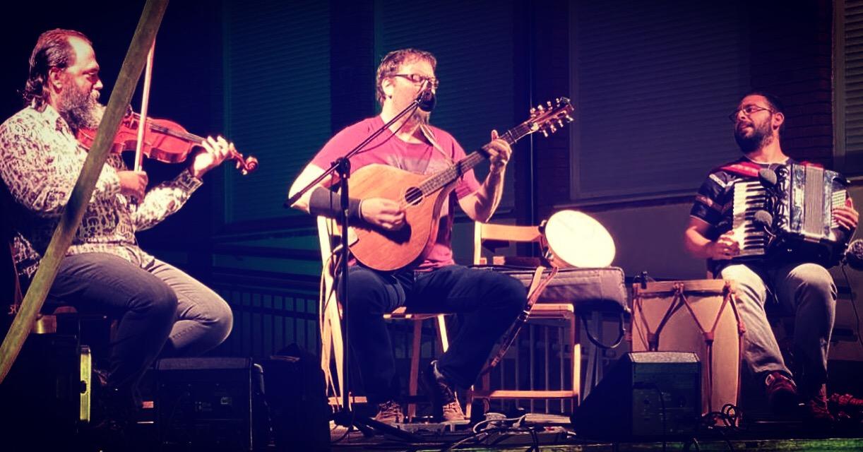 Rodrigo M. Trio